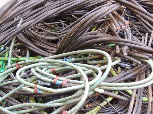 Cables de aluminio PVC unipolar de color negro y verde para reciclar