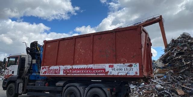 camión chatarrero, El camión chatarrero de recogida de residuos cada vez es más importante, Recemsa, el chatarrero., Recemsa, el chatarrero.